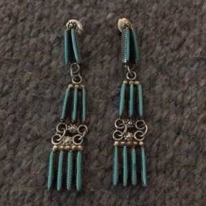 Jewelry - Delicate Zuni needlepoint turquoise earrings